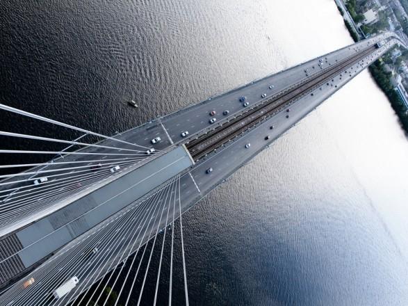 На выходных ограничат движение столичным Северным мостом
