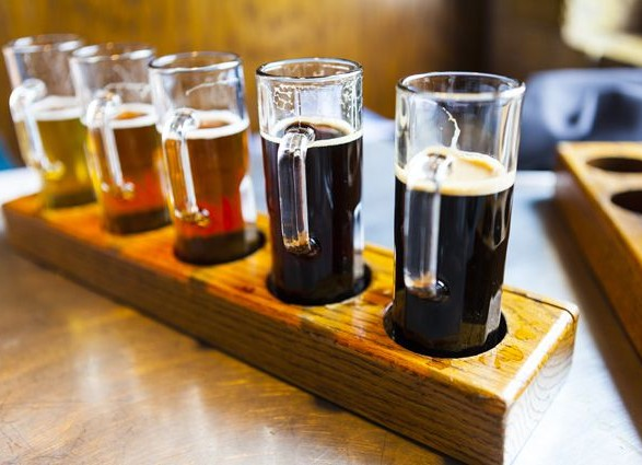 """Вчені назвали """"найпідступніші"""" алкогольні напої"""