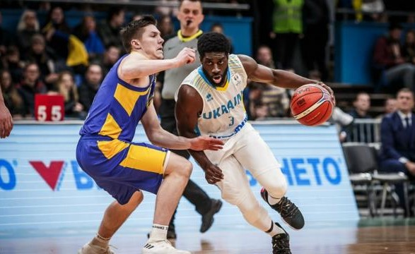Баскетболист сборной Украины вернулся в клуб для продолжения выступлений в чемпионате Китая