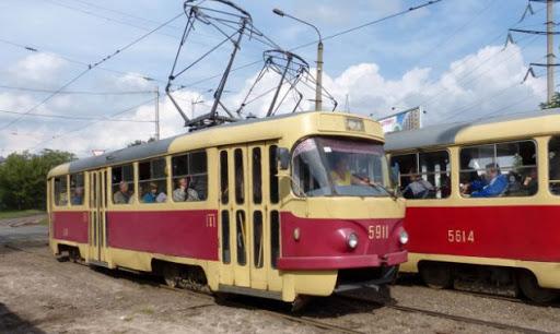 В Киеве из-за превышения лимита пассажиров происходит задержка движения наземного транспорта