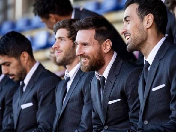 """Пандемия коронавируса: футболисты """"Барселоны"""" выразили готовность к снижению зарплаты"""