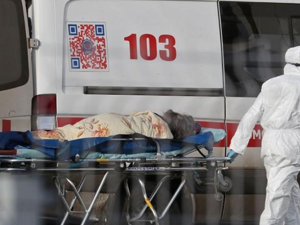 Пандемия COVID-19: в РФ открыли дело на инфекциониста, которая инфицированной ходила на работу