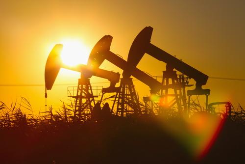 Мировые цены на нефть выросли на около 3%