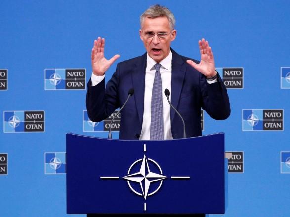 Генсек НАТО призвал Россию прекратить боевые действия в Украине