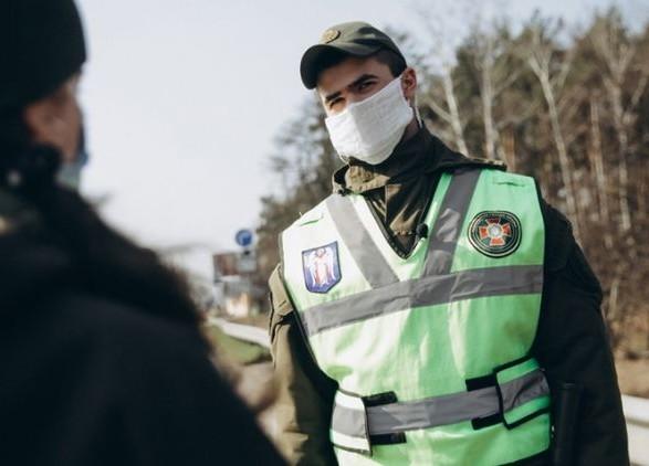 При въезде в Киев будут мерить температуру водителям и пассажирам