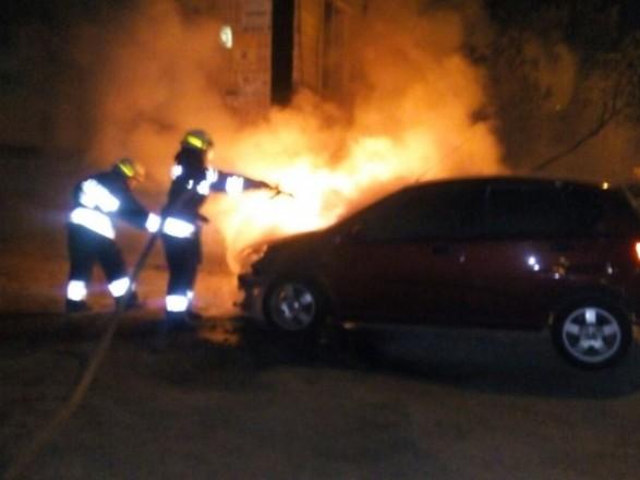 В Днепре сгорела машина