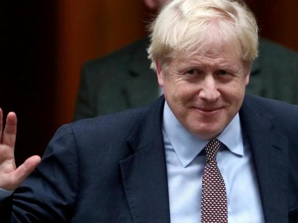 Премьер Великобритании планирует вернуться на работу в понедельник