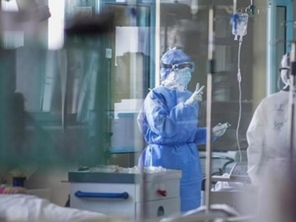 Рада планирует освободить от налогообложения медиков, работающих с больными на COVID-19 - нардеп