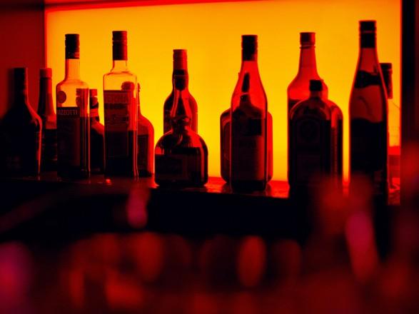 Украинцы будут переходить на отечественный и более доступный алкоголь - прогноз по итогам карантина