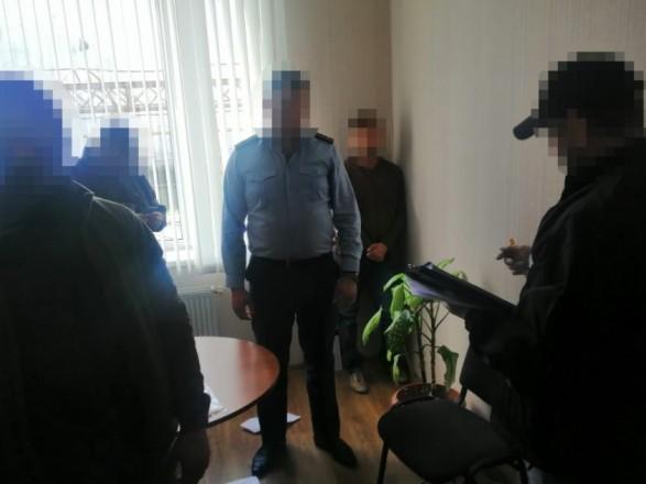 Двум чиновникам Одесской таможни сообщено о подозрении