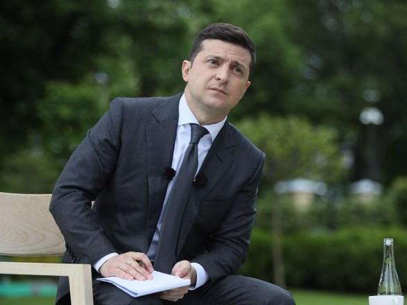 Зеленский ответил на просьбу забрать Киево-Печерскую лавру в УПЦ и отдать ПЦУ