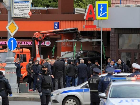 Захват заложников в Москве: полиция задержала мужчину, захватившего банк - он был в неадекватном состоянии
