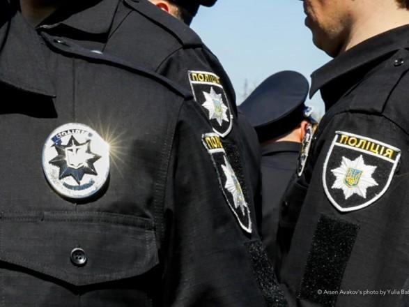 В Киеве мужчину подозревают в избиении полицейского кастетом