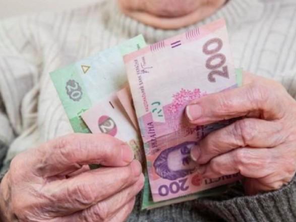 Степанов рассказал, когда смогут выйти на работу пожилые люди