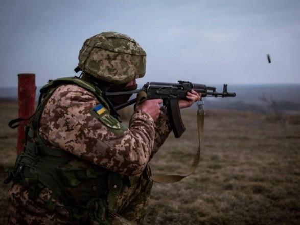 ООС: с начала суток боевики 7 раз обстреляли украинских военных