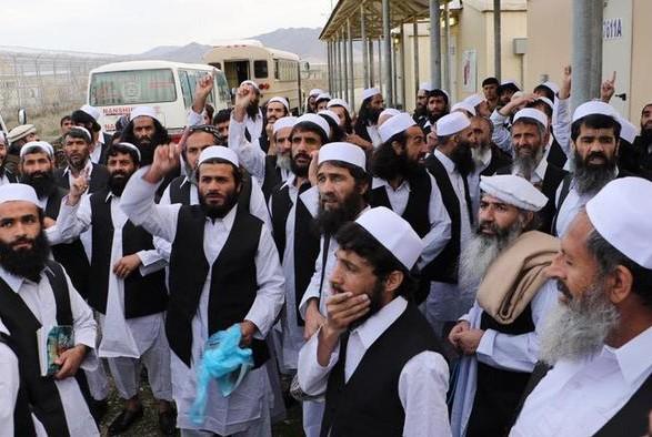 В Афганистане президент объявил об освобождении до 2 тыс. талибов