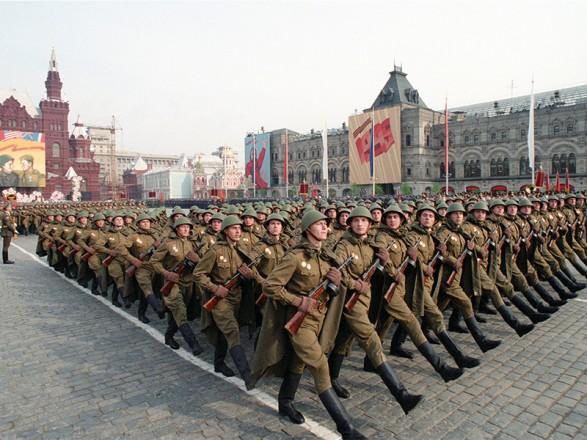 В Украине прокомментировали идею России относительно парада 24 июня