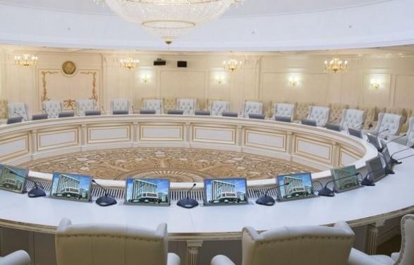 Делегация Киева отказалась обсуждать меры по прекращению огня в Донбассе