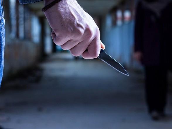 Мужчина с ножом бросался на людей в Кропивницком