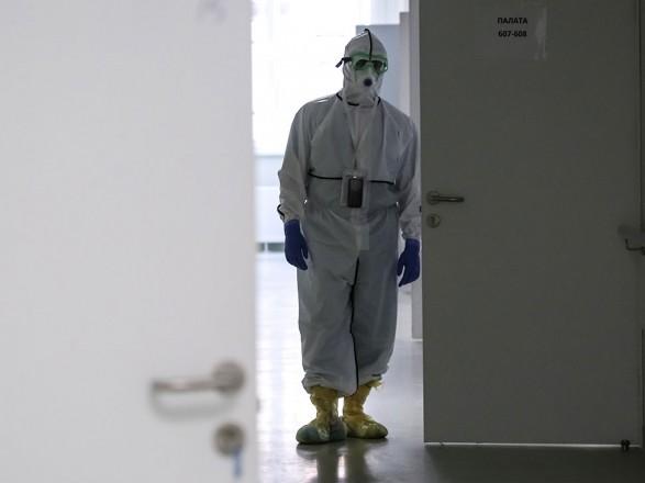 Пандемия: количество больных COVID-19 в РФ превысило 370 тысяч человек, почти 4 тысячи умерли