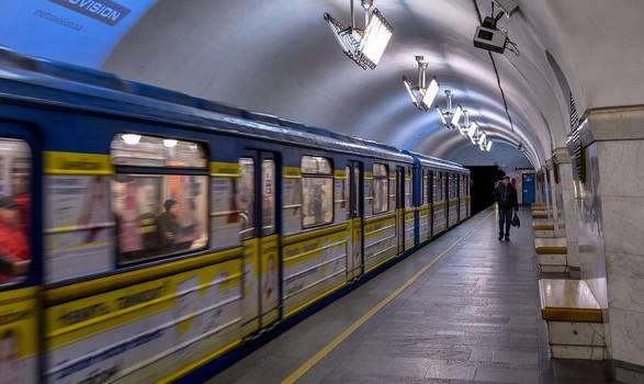 Ежедневно пассажиропоток в столичном метро растет на 100 тыс. человек - Кличко