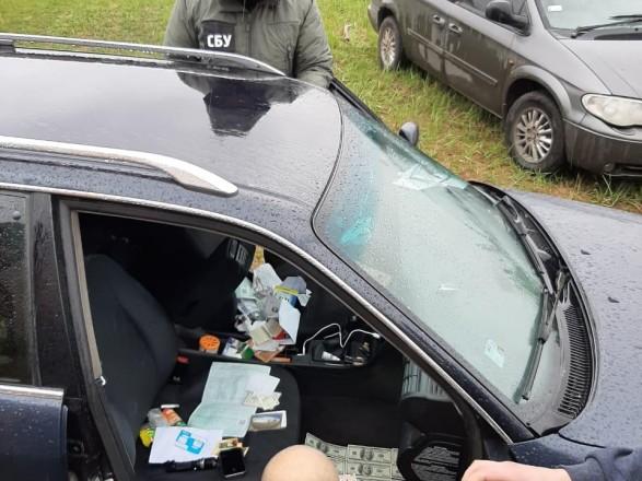 В Ровенской области разоблачили на взятке инспектора налоговой службы
