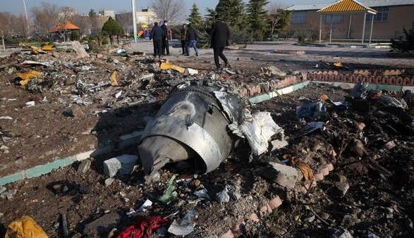 """СМИ: Иран не намерен передавать Украине """"черные ящики"""" сбитого самолета МАУ"""