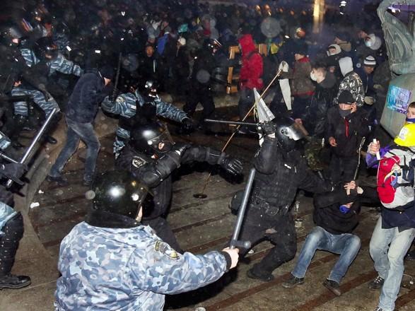 Избиение студентов на Майдане: осудят экс-беркутовца, еще одному - сообщено о подозрении