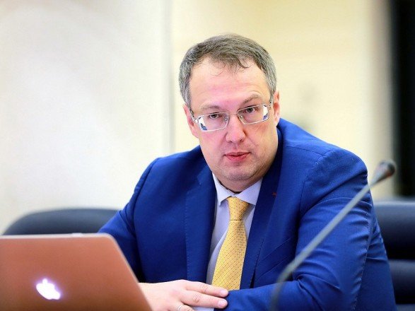 Геращенко: Переаттестация, организованная Деканоидзе, привела к развалу полиции