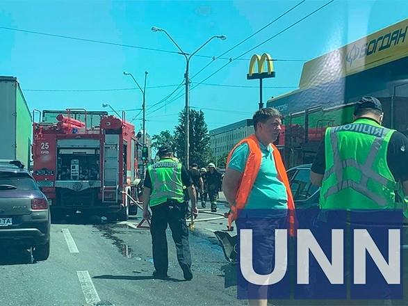 На столичной Петровке произошло ДТП с участием троллейбуса