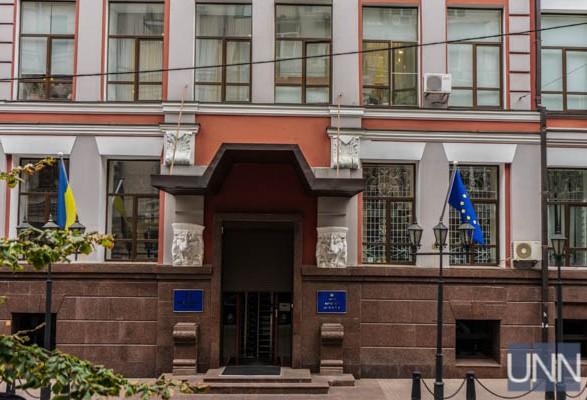 Обжаловать регистрационные действия можно двумя способами - Минюст