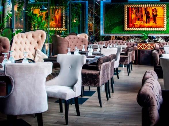 Ресторанам и кафе столицы разрешили принимать посетителей в залах