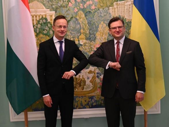 Сийярто приехал в Киев на первое за семь лет заседание украинско-венгерской комиссии