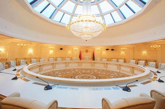 Украина в ТКГ предоставила календарный план подготовки и проведения местных выборов на Донбассе