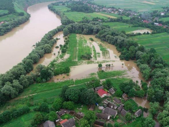 США выделят Украине 100 тыс. долларов помощи для преодоления последствий наводнения - посольство