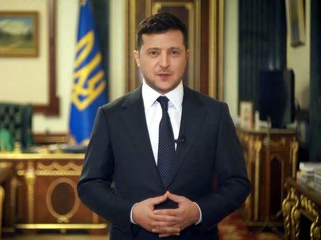 Действия Зеленского на должности впервые не одобряют больше людей, чем одобряют - опрос