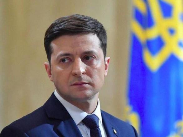 Зеленский приказал решить проблемы шахтеров