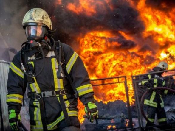 В Днепре горела кондитерская-пекарня