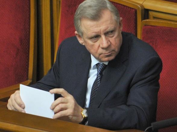 Експерт розповів, чи відчують українці наслідки відставки Смолія