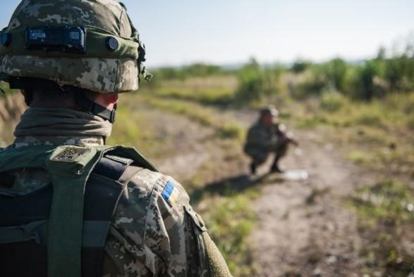 В результате обстрелов боевиков ранены пять украинских военных