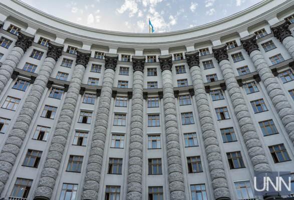 Шмыгаль снова внес в ВР представление на назначение Уруского вице-премьером по ОПК
