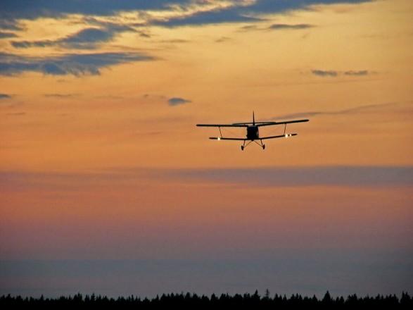 Вертолет и самолет со спасателями отправились на поиски пропавшего АН-2 в Бурятии