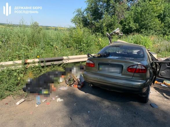 В ДТП с участием военнослужащего погибли мужчина и ребенок