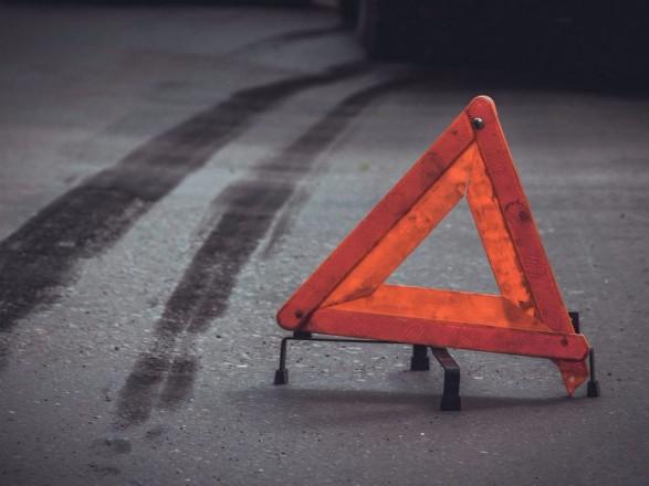 Во Львовской области микроавтобус столкнулся с грузовиком: четыре человека ранены