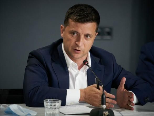 Суд не смог оштрафовать Зеленского за ошибки в декларации