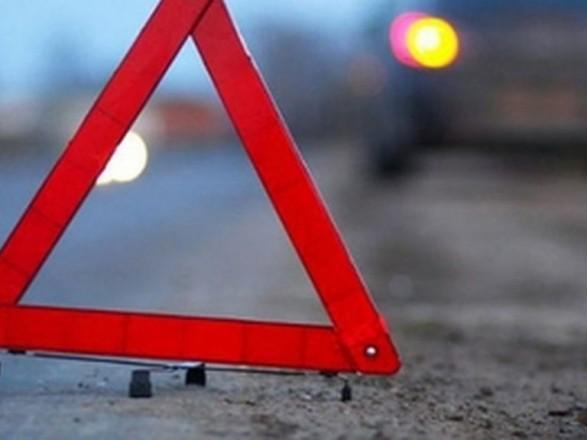 Масштабное ДТП с пострадавшими: в Киеве столкнулись легковушка и грузовик