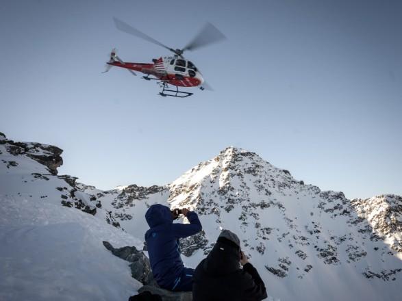 В швейцарских Альпах разбился самолет, четыре человека погибли