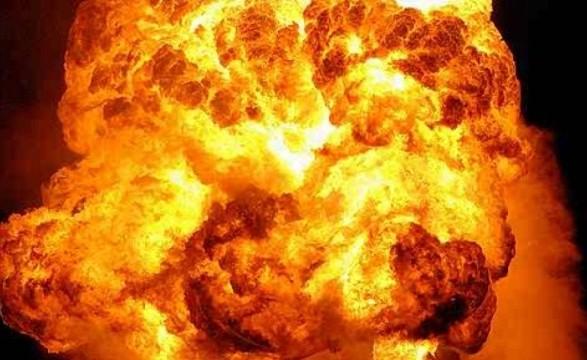 В Марьинке от взрыва неизвестного предмета пострадал местный житель