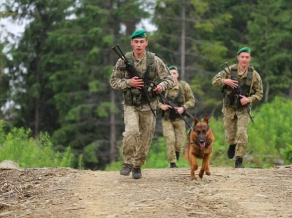 В Житомирской области охотник угрожал пограничникам ружьем