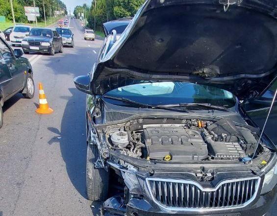 В Ровно в результате столкновения легковушек пострадала пассажирка автомобиля